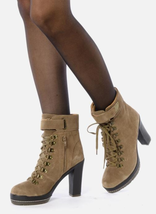 Ankle boots Kelsi Dagger Rane Beige view from underneath / model view