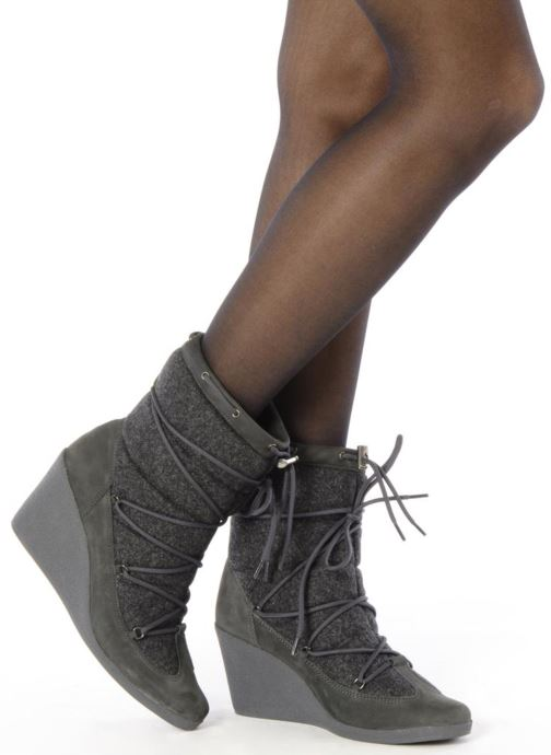 Ankle boots No Name Choko ski boots Grey view from underneath / model view
