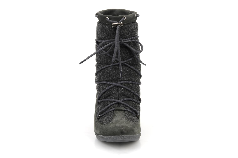 Stivaletti e tronchetti No Name Choko ski boots Grigio modello indossato