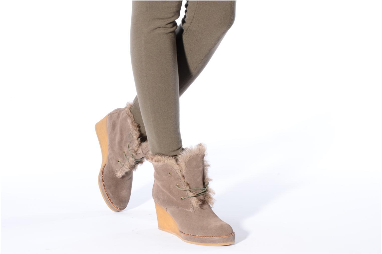 Bottines et boots No Name New aki crepe desert botte Beige vue bas / vue portée sac