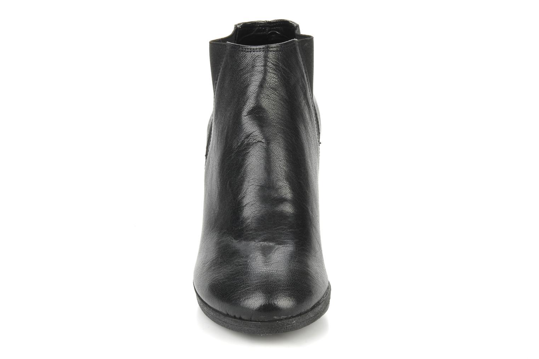 Bottines et boots Carvela Arthur Noir vue portées chaussures