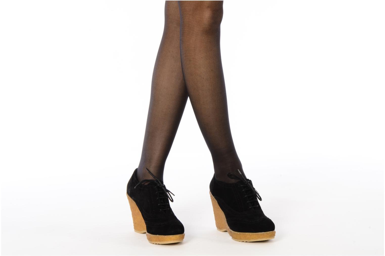 Chaussures à lacets Carvela Albert Noir vue bas / vue portée sac