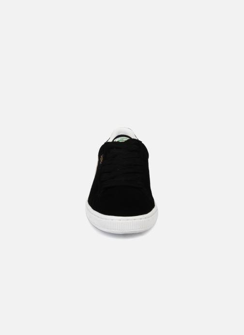 Sneakers Puma Suede Classic + Nero modello indossato