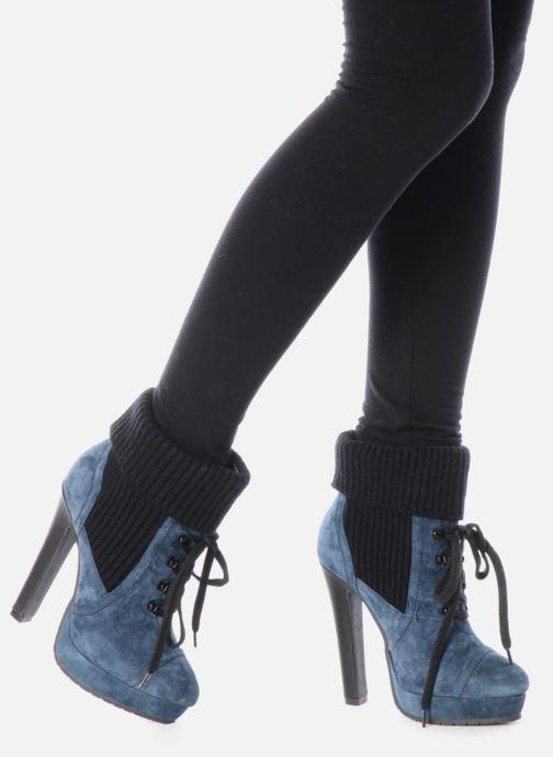 Stiefeletten & Boots French Connection Javier blau ansicht von unten / tasche getragen