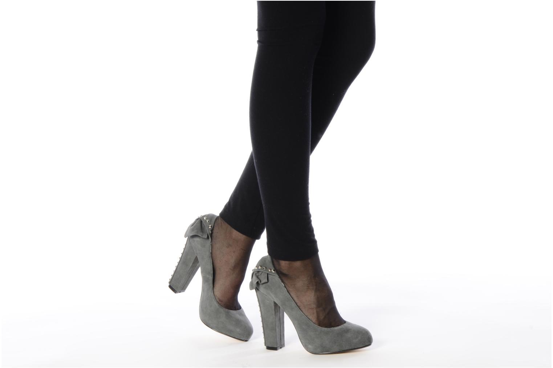 High heels Ravel Heidi Grey view from underneath / model view