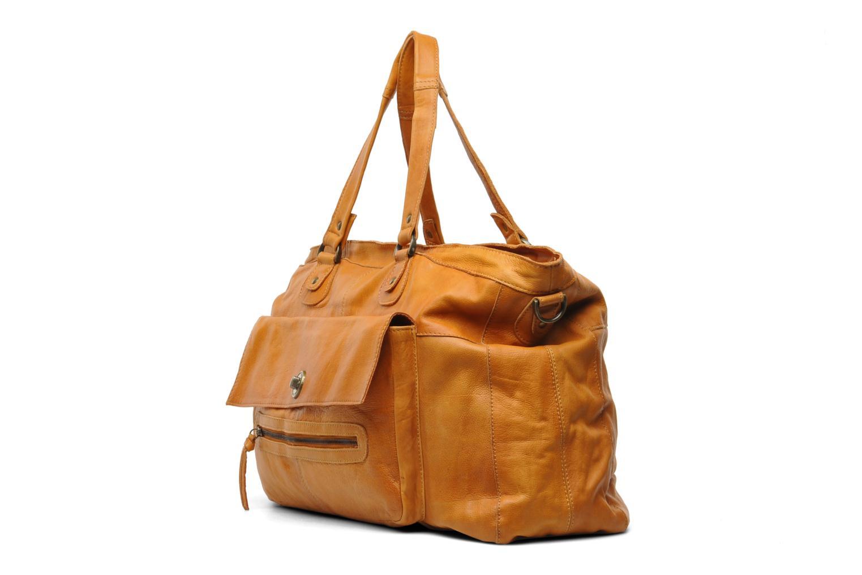 Handtaschen Pieces Totally Royal leather Travel bag braun schuhe getragen