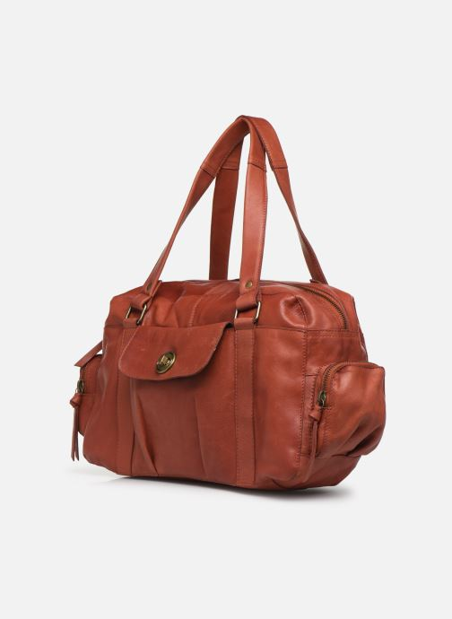 Sacs à main Pieces Totally Royal leather Small bag Rouge vue portées chaussures