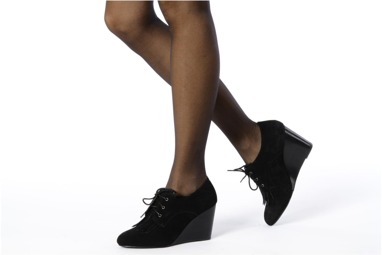 Chaussures à lacets Georgia Rose Azalea Noir vue bas / vue portée sac