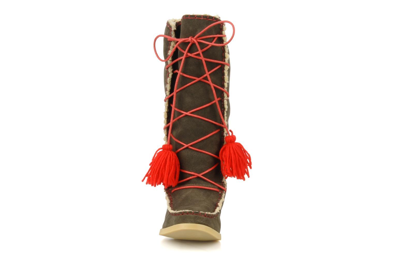 Boots & wellies Mellow Yellow Kenou Brown model view