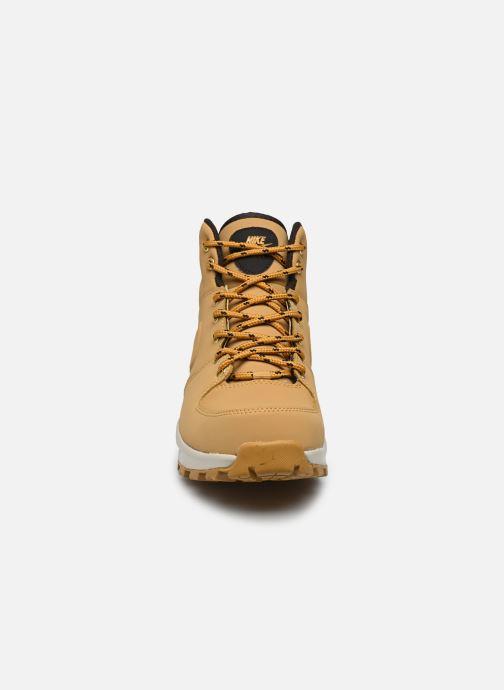Bottines et boots Nike Manoa leather Jaune vue portées chaussures