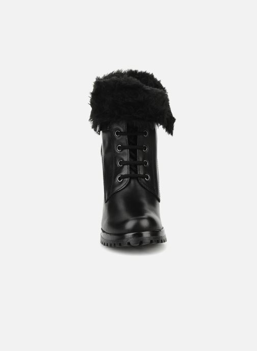 Ankle boots Eden Micho Black model view
