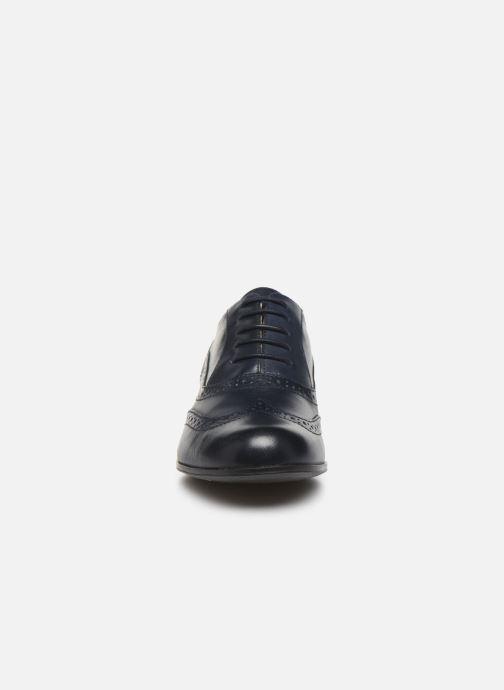 Zapatos con cordones Clarks Hamble Oak Azul vista del modelo