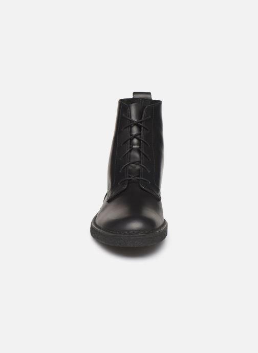 Ankelstøvler Clarks Originals Desert mali Sort se skoene på