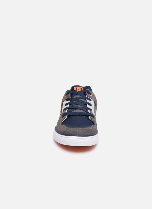 Chaussures de sport DC Shoes Pure k Gris vue portées chaussures
