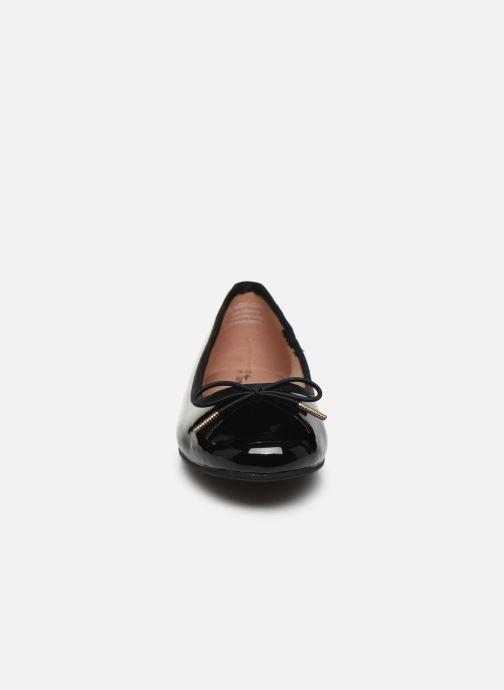 Ballerines Tamaris Betty Noir vue portées chaussures