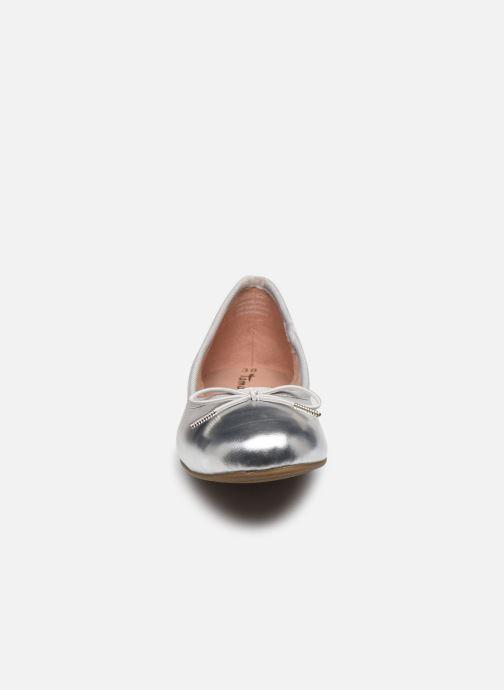 Ballerines Tamaris Betty Argent vue portées chaussures