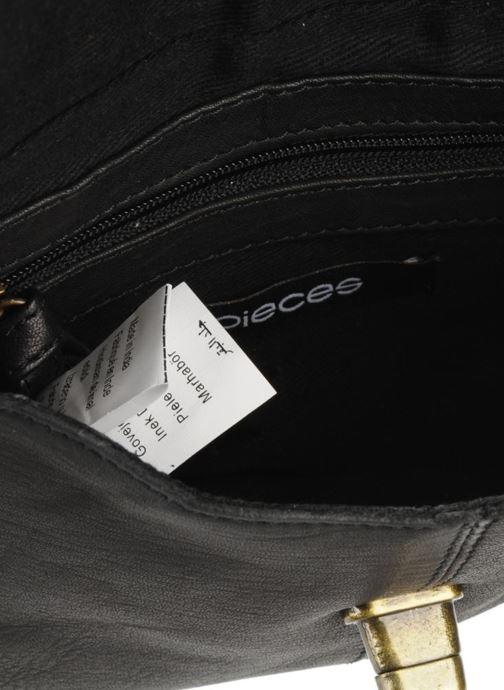 Bolsos de mano Pieces Totally Royal leather Party bag Negro vistra trasera