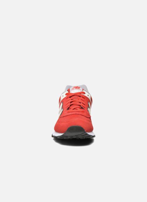Baskets New Balance Ml574 Rouge vue portées chaussures