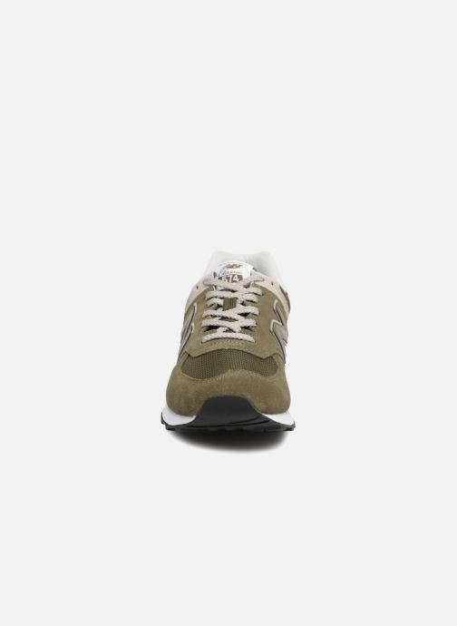 Sneakers New Balance Ml574 Verde modello indossato