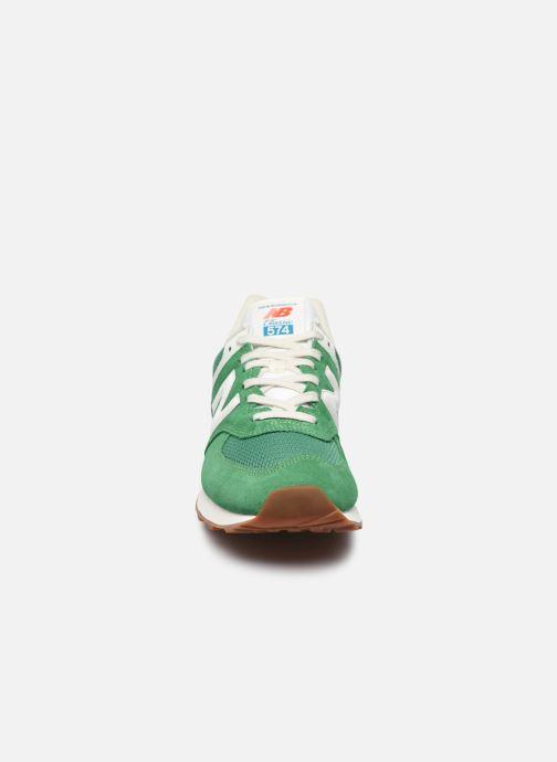 Baskets New Balance Ml574 Vert vue portées chaussures