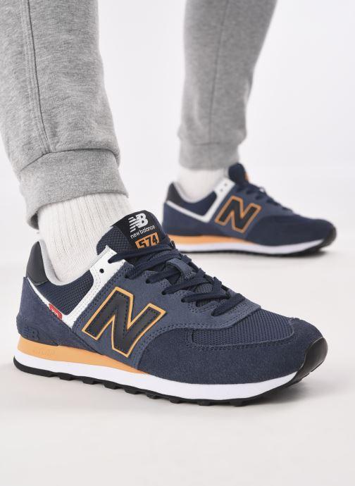 Sneaker New Balance Ml574 blau ansicht von unten / tasche getragen