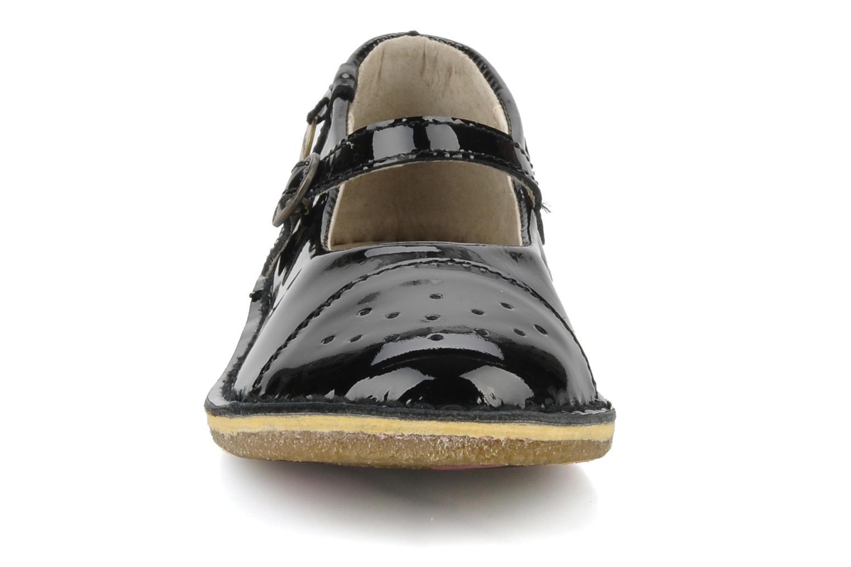 Ballerines Kickers Fee Noir vue portées chaussures