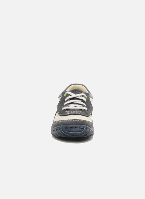 Sneakers Stride Rite CC Charles Azzurro modello indossato