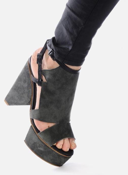 Sandales et nu-pieds Surface To Air Louna Art Deco Gris vue bas / vue portée sac