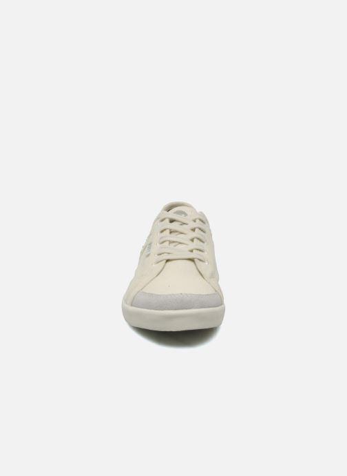 Baskets Roxy Sneaky Dye 2 Beige vue portées chaussures