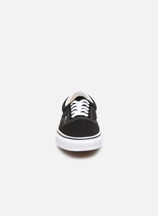Sneakers Vans Era Nero modello indossato