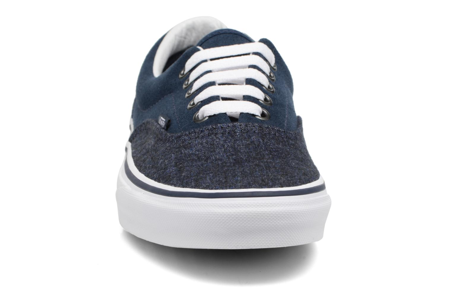 Trainers Vans Era Blue model view
