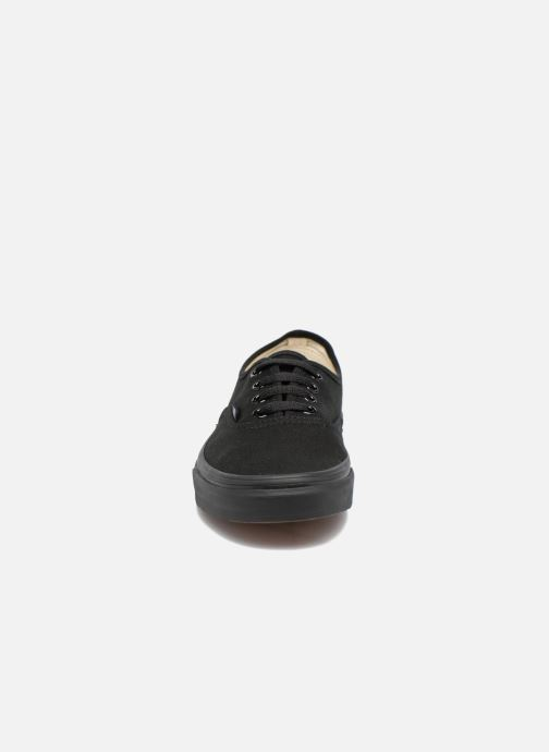 Sneakers Vans Authentic w Nero modello indossato