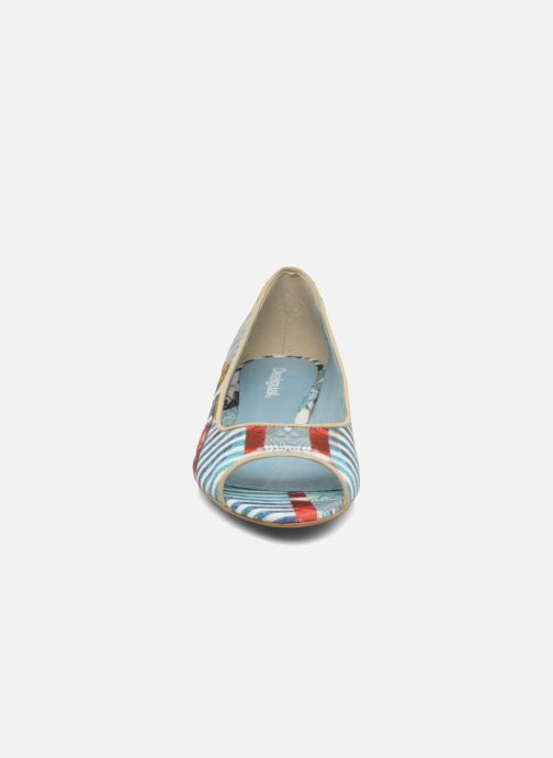 Ballerines Desigual Kailani Bleu vue portées chaussures