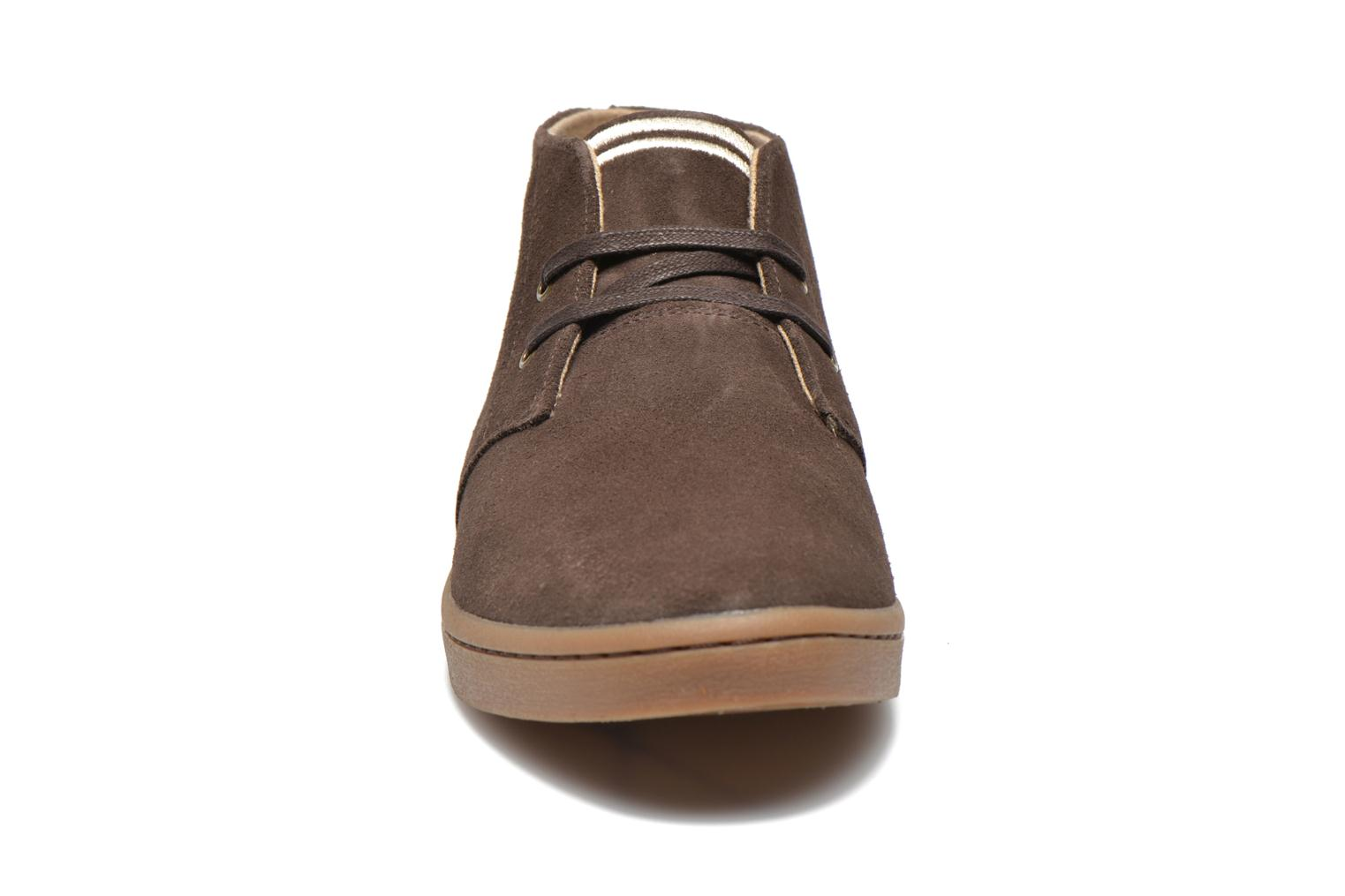 Sneakers Fred Perry Byron Mid Suede Bruin model