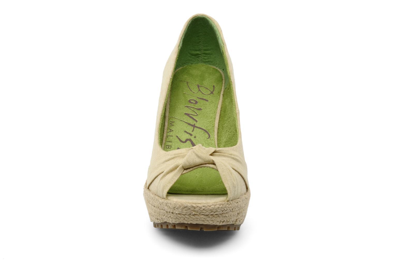 Escarpins Blowfish VANAMO Beige vue portées chaussures