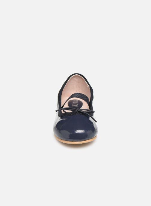 Ballet pumps Bloch Toddler Cha cha Blue model view