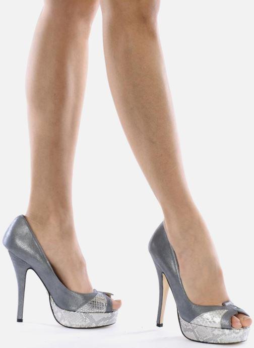 Zapatos de tacón Terry de Havilland Amber Plateado vista de abajo