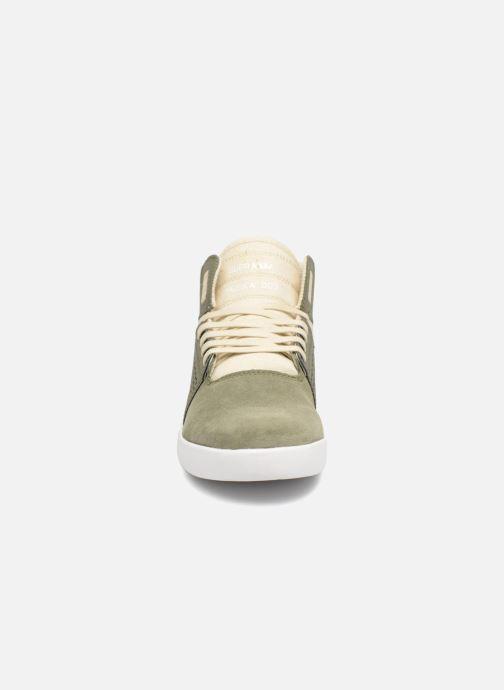 Chaussures de sport Supra Skytop III Vert vue portées chaussures