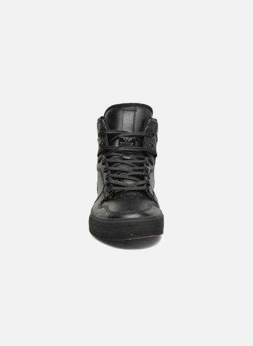 Sneaker Supra Vaider schwarz schuhe getragen