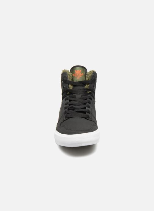 Trainers Supra Vaider Black model view