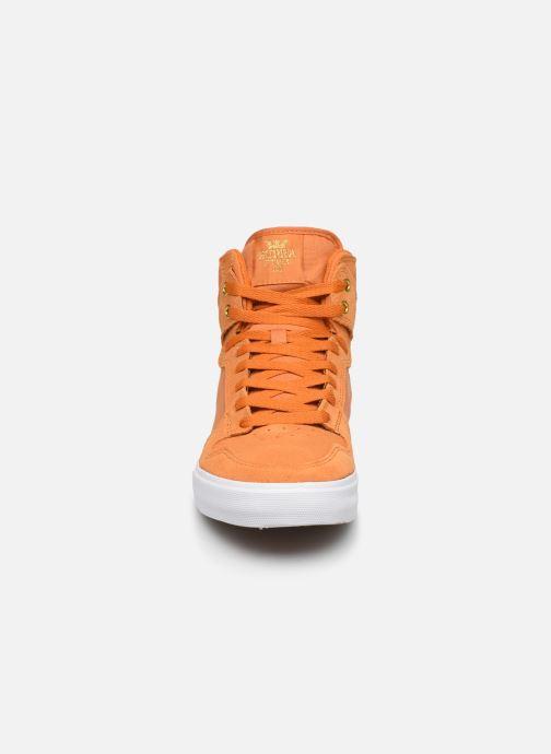 Baskets Supra Vaider Jaune vue portées chaussures