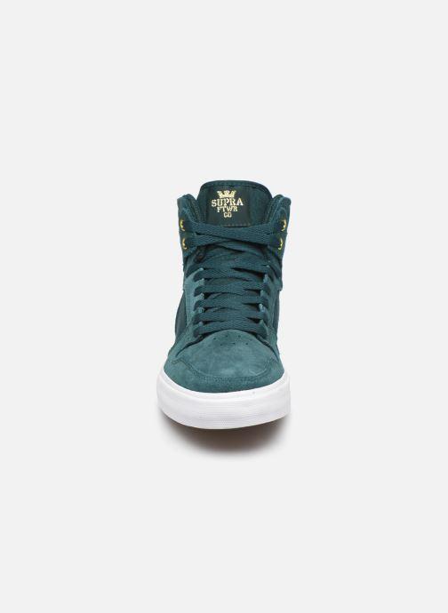 Sneaker Supra Vaider grün schuhe getragen