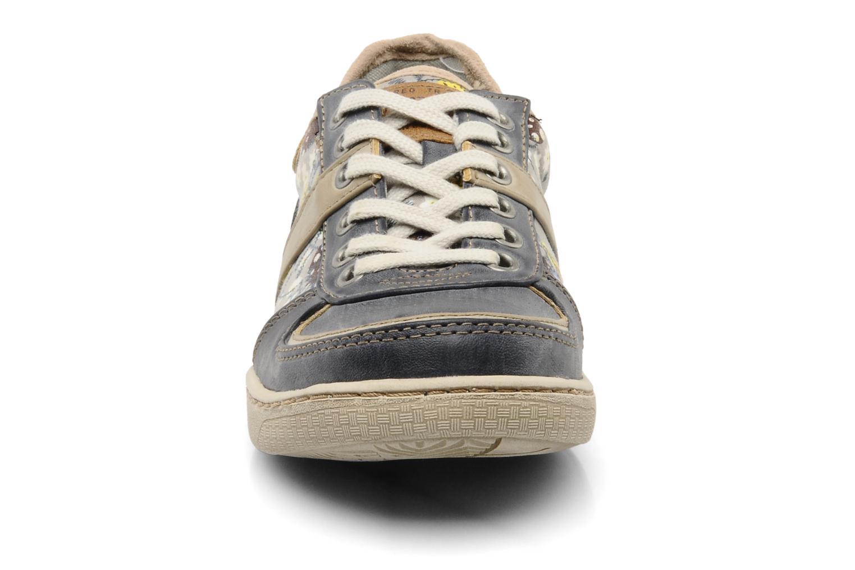 Baskets Mustang shoes Poky Bleu vue portées chaussures