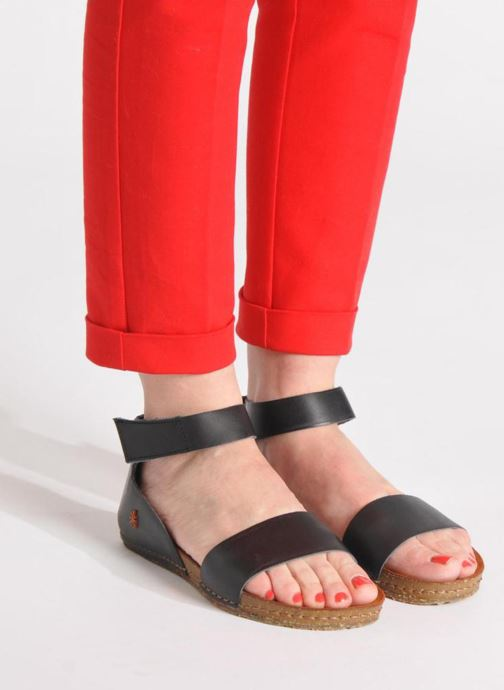 Sandales et nu-pieds Art Creta 440 Noir vue bas / vue portée sac