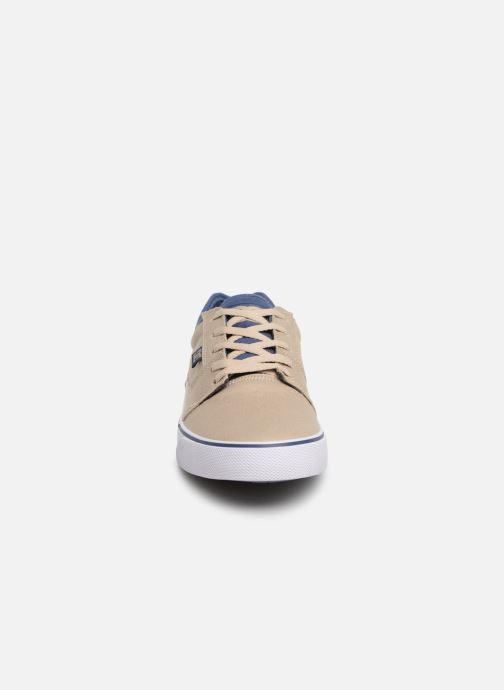 Deportivas DC Shoes Tonik TX Beige vista del modelo