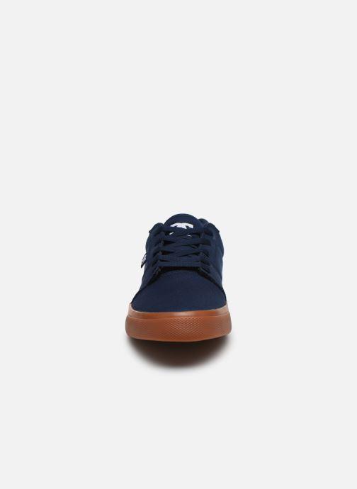 Deportivas DC Shoes Tonik TX Negro vista del modelo