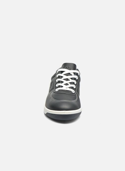 Sneakers TBS Made in France Brandy Azzurro modello indossato