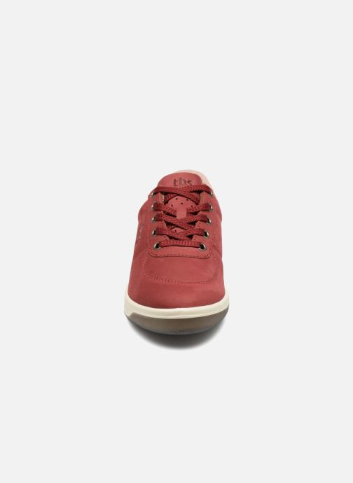 Sneakers TBS Made in France Brandy Bordò modello indossato