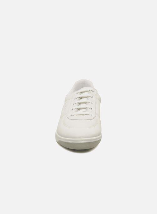 Baskets TBS Easy Walk Brandy Blanc vue portées chaussures