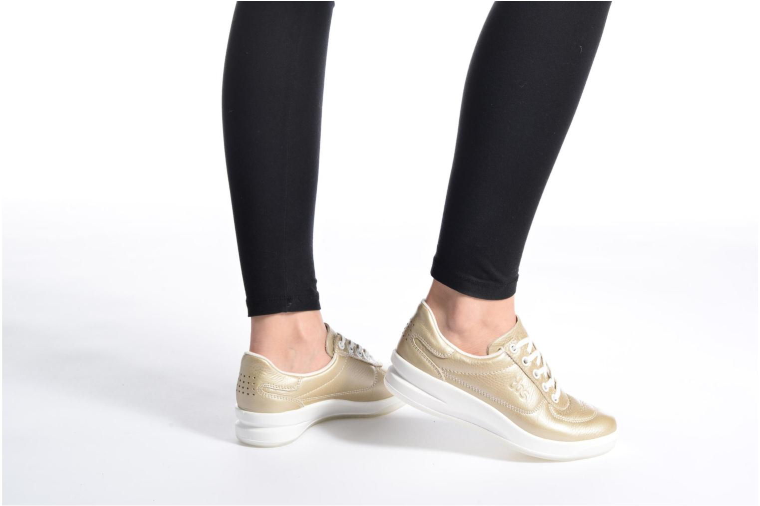 Trainers TBS Easy Walk Brandy Bronze and Gold view from underneath / model view